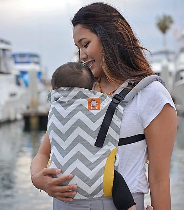 Mochila Tula Baby Carrier modelo Gray Zig Zag
