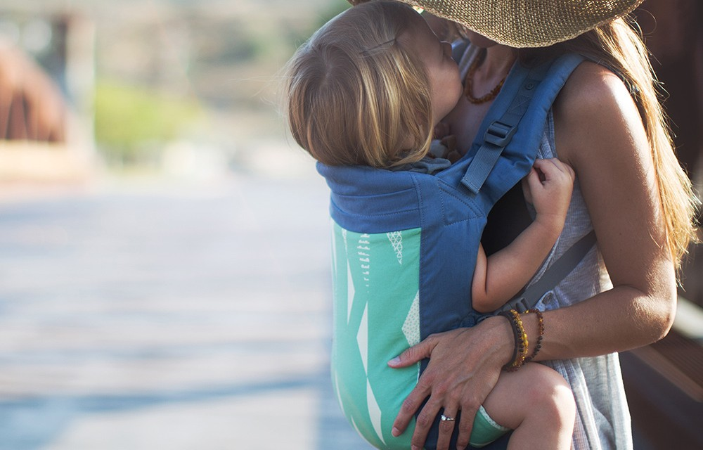 Porteo de niños grandes: cómodo, práctico y divertido