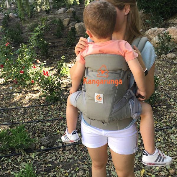 Ergobaby Adapt con bebé grande