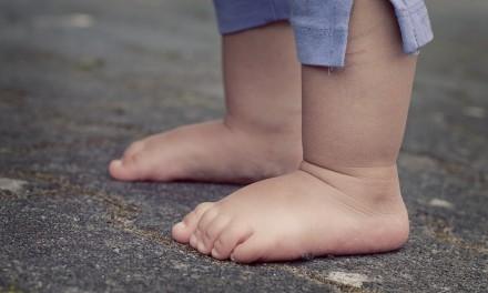 Mis hijos van descalzos por casa y NO se ponen malos por ese motivo