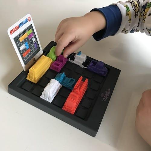 Rush Hour Jr - jugando niño 7 años