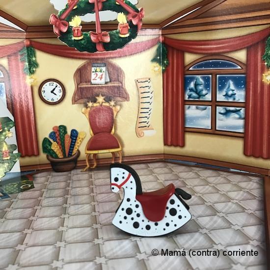 """Calendario de Adviento Playmobil """"Papá Noel Centro de Embalaje"""" - figura día 1"""