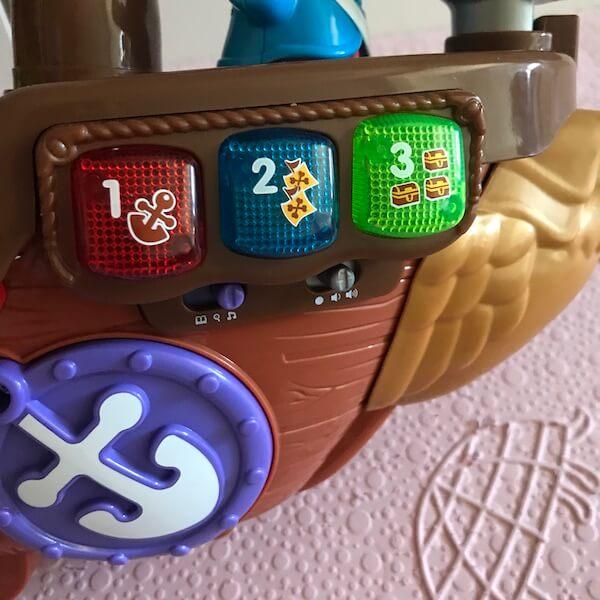 Barco Pirata Cazatesoros Vtech - botones