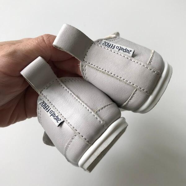 Zapato FEROZ Turia blanco (talón)